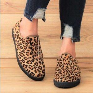 5⭐️CHEETAH PRINT SNEAKERS SLIPON- Shoe
